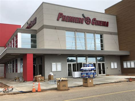 New movie theater close to opening at Edgewater Mall