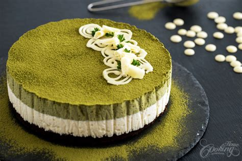 Matcha White Chocolate Mousse Cake :: Home Cooking Adventure