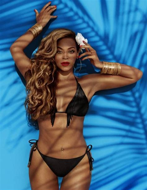 Beyonce Debuts 'Standing On The Sun', Flaunts Beach Bod In