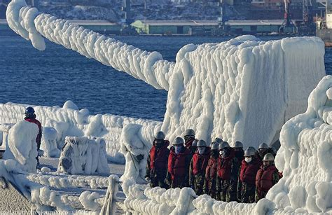 Korean Warships in Ice Arrive to Russia   English Russia