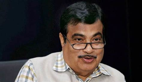 Gadkari tells the meaning of CM's that word
